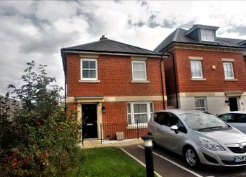 Thumbnail 3 bed detached house to rent in Rainbow Road, Erith, Kent