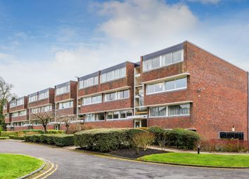 Bancroft Court, Reigate RH2. 2 bed flat for sale