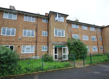 Thumbnail 1 bed flat to rent in Devonshire Avenue, Woking