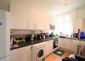 Thumbnail 1 bed flat to rent in Belsize Park, London