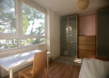 Thumbnail Room to rent in Clarence Gardens, London