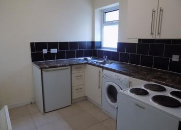 Thumbnail 1 bed flat to rent in Peabody Road, Farnborough, Hampshire