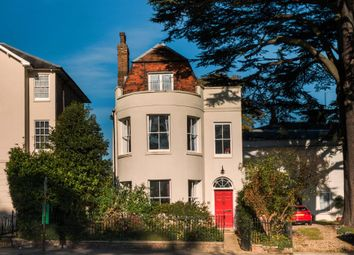 Thumbnail 5 bedroom town house for sale in Castle Hill, Reading