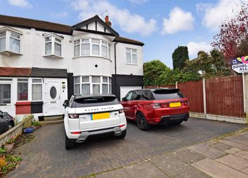 Edwina Gardens, Redbridge, Essex IG4. 5 bed end terrace house