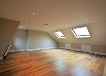 Thumbnail 5 bed flat to rent in Burntwood Lane, Earlsfield