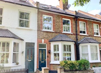 Station Road, Claygate, Esher KT10. 3 bed terraced house