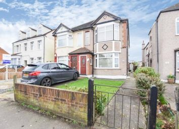 2 bed maisonette for sale in Heath Park Road, Heath Park, Romford RM2