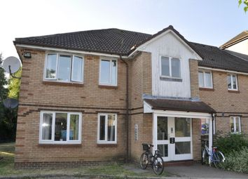 Thumbnail 2 bedroom flat for sale in Bornedene, Potters Bar