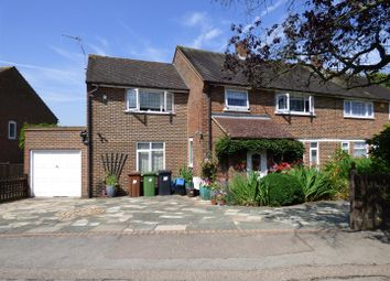 4 bed property for sale in Stapleton Road, Borehamwood WD6