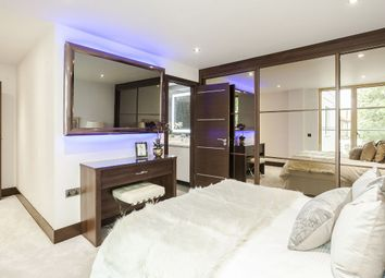 Thumbnail 2 bed flat to rent in Flat 6, London