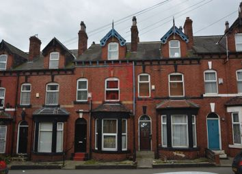 Thumbnail 5 bedroom property to rent in Hessle Place, Hyde Park, Leeds