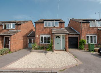 King James Way, Henley-On-Thames RG9. 3 bed link-detached house