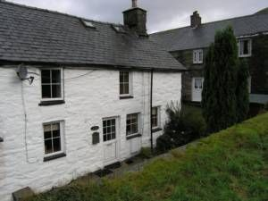 Thumbnail 2 bedroom cottage for sale in 2 Gorffwysfa, Mallwyd