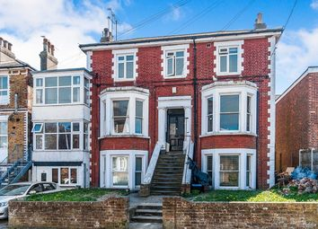 Thumbnail 2 bed flat to rent in The Vale, Broadstairs
