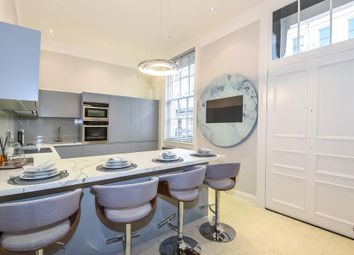 Thumbnail 3 bedroom maisonette to rent in Gloucester Square W2,