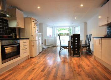 Thumbnail 5 bed flat to rent in Riggindale, London