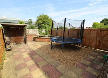 Thumbnail 2 bed flat for sale in Fenlake Road, Bedford