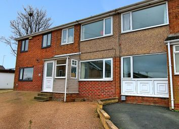 3 bed town house for sale in Ashbourne Way, Cleckheaton BD19