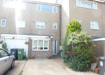 Thumbnail 2 bed flat to rent in Ninian Road, Hemel Hempstead