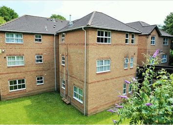 Thumbnail 2 bed flat for sale in 66 Middle Road, Southampton
