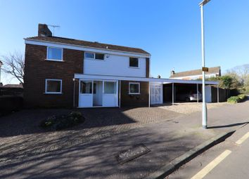 Thumbnail 3 bed detached house to rent in Townfield, Rickmansworth