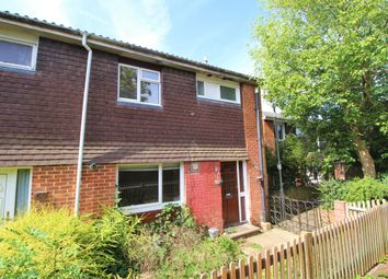 4 bed semi-detached house to rent in Clover Road, Guildford GU2