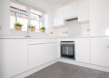 Thumbnail 2 bed flat to rent in Elder Avenue, London