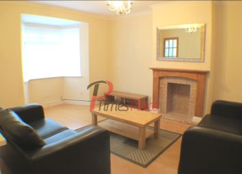 Thumbnail 3 bed town house to rent in St Anns Hill, London
