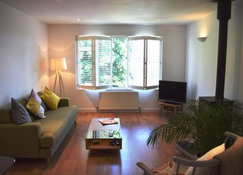 Thumbnail 2 bed flat for sale in Woodville Road, Barnet