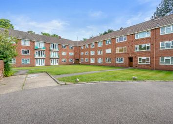Thumbnail 3 bed flat for sale in Wray Common Road, Reigate