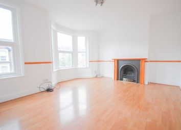 3 bed flat for sale in Lea Hall Road, London E10