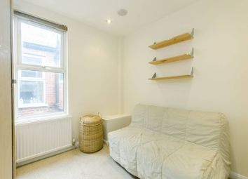 Thumbnail 2 bed flat for sale in Crown Terrace, Cricklewood, London
