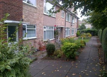 Thumbnail 1 bed flat to rent in Springfield Road, Windsor