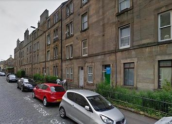 Thumbnail 3 bed flat to rent in Cathcart Place, Edinburgh