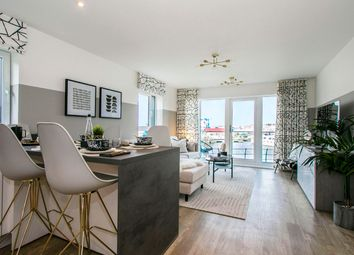 Thumbnail 2 bed flat for sale in 195 Elm Quay, Endle Street, Southampton