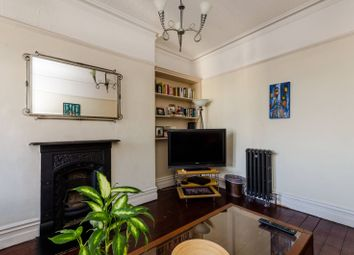 Thumbnail 2 bed flat to rent in Fulham Road, Fulham Broadway