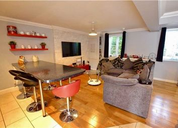 Thumbnail 2 bed flat for sale in Watcombe House, Merebank Lane, Croydon
