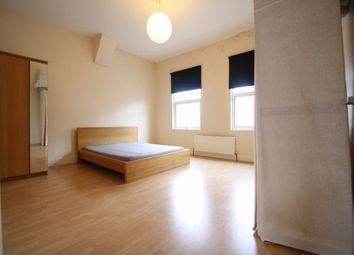 Thumbnail 3 bedroom flat to rent in Green Lanes, Haringey