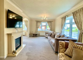 Thumbnail 3 bedroom bungalow for sale in 21 Willow Park Lochlibo Road, Burnhouse, Beith