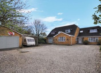 Banbury Road, Kidlington, Oxfordshire OX5. 7 bed detached house