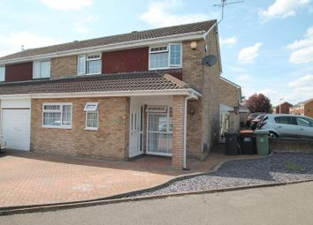 3 bed semi-detached house for sale in Salters Way, Dunstable, Beds LU6