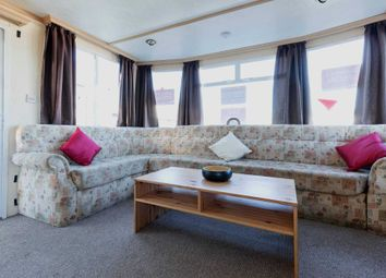 Thumbnail 2 bed mobile/park home for sale in Hythe Road, Dymchurch, Romney Marsh
