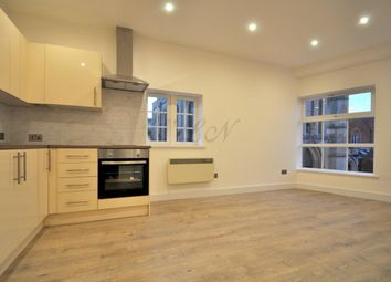 Thumbnail 2 bed flat to rent in Northbrook Street, Newbury