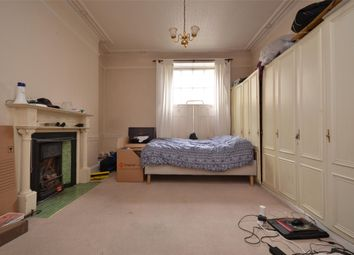 Thumbnail 1 bed flat to rent in Bathwick Street, Bath