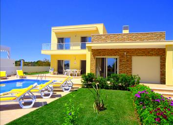 Thumbnail 4 bed villa for sale in Armacao De Pera, Algarve, Portugal
