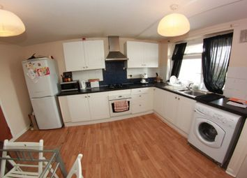 Thumbnail 6 bed shared accommodation to rent in Malmesbury Road, London