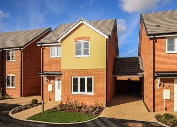 Thumbnail 3 bed detached house for sale in Adeyfield Road, Hemel Hempstead