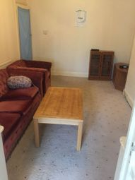 Thumbnail Studio to rent in 34 Carlton Crescent, Luton