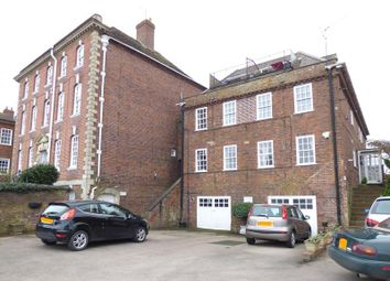Waterside House, Waterside, Upton Upon Severn, Worcestershire WR8. 2 bed flat for sale