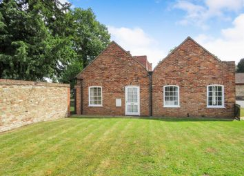 Thumbnail 2 bed flat to rent in Huntingdon Road, Fenstanton, Huntingdon